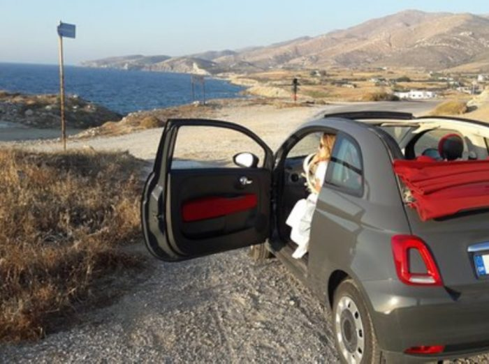 3-reasons-why-you-should-rent-a-car-in-santorini
